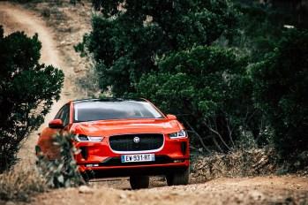 2019-jaguar-i-pace-electric-suv-phev-portugal-10