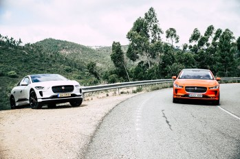 2019-jaguar-i-pace-electric-suv-phev-portugal-16