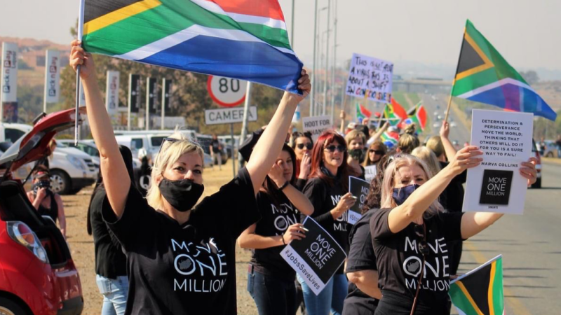 In Pictures: South Africans locally and abroad mobilise against corruption #MoveOneMillion