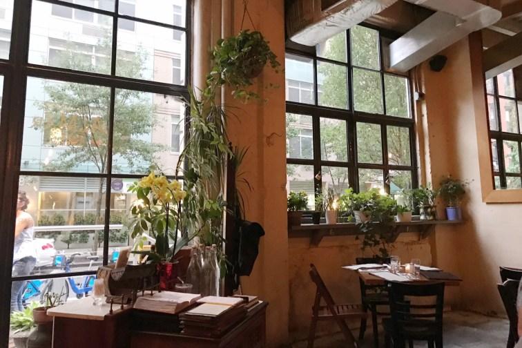 restaurantes em NYC almar