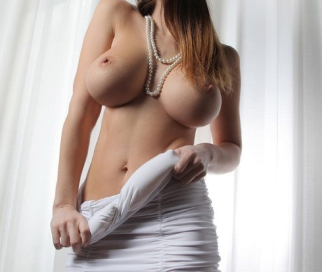 Gorgeous Babe Shows Off Her Nice Big Tits