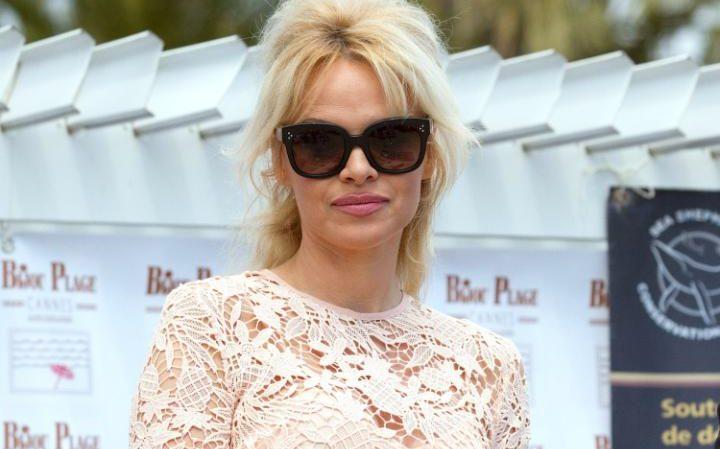 Pamela Anderson Urges Men to Give Up Pornography Describing It as 'Corrosive'