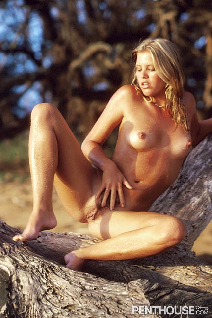Kristen Knutsen posing nude for the October 1980 issue of Penthouse