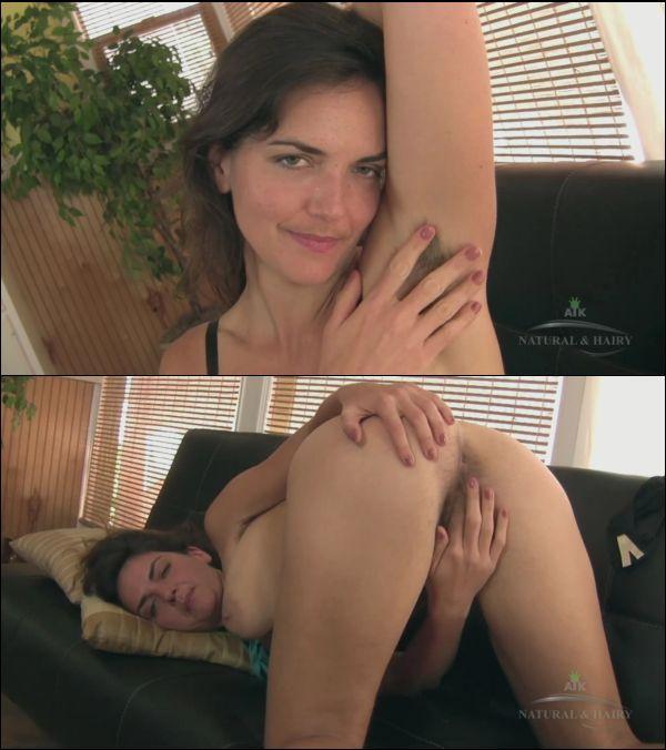 [ATKHairy] Katie Zucchini – Masturbation (07.20.2016)