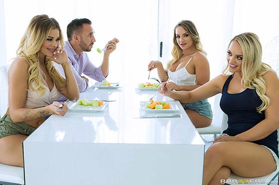 Alexis Monroe, Cali Carter, Jessa Rhodes (Our Horny Lesbian Housemates / 09.16.2017)