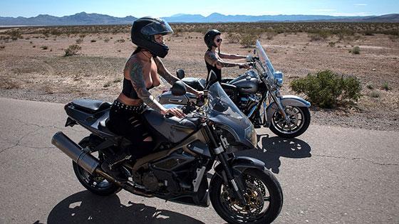 Bloodthirsty Biker Babes Part 3 with Felicity Feline, Anna Bell Peaks