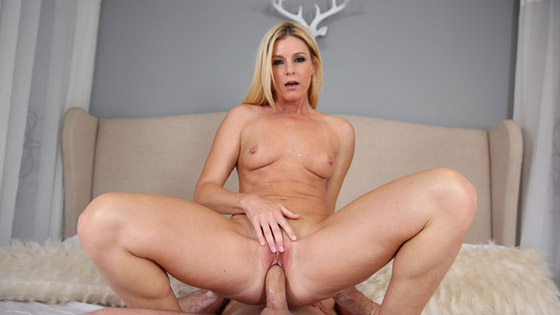 Welcome To My Party with ArchAngelVideo, ArchangelVideo, India Summer