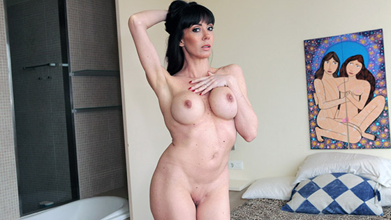 Mature Pussy with Sofía Star