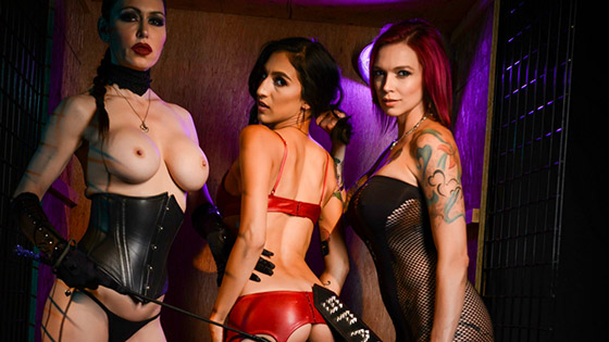 Destiny Loved Got Caged with Anna Bell Peaks, Jessica Jaymes, Destiny Lovee