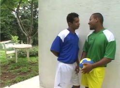 Metendo depois do futebol – Porno Gay Brasileiro.