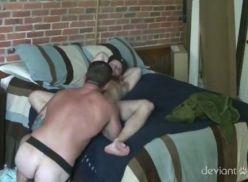 Porno gay com o namorado.