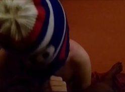Novinho branquinho mamando negão