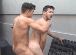 Atores porno gay Jonathan e Richard transando