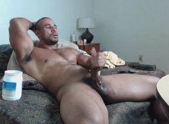 Video de homem gostoso batendo punheta