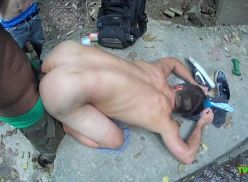 Sexo gay na cachoeira