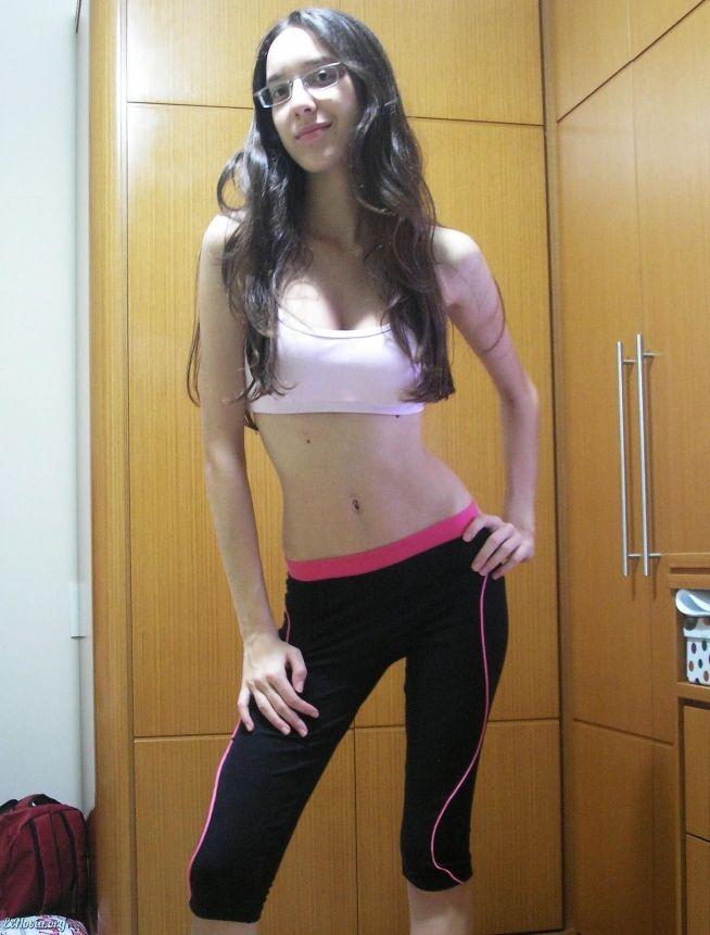 fotos-porno-de-una-flaquita-sexy-xxx-8
