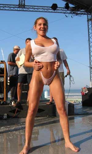 fotos-xxx-mujeres-x-vestidas-con-bikini-transparente-2
