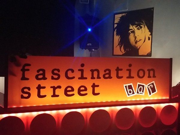 fascination street bar