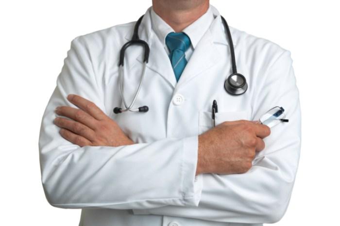 cuanto-gana-un-medico-2