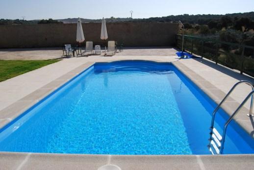 mantener-agua-piscina