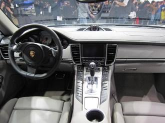 2011 Geneva Motor Show Porsche Panamera Hybrid Interior