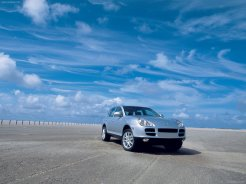 Porsche Cayenne 2003 wallpaper Front angle view