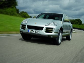 Classic Silver Metallic Porsche Cayenne Hybrid 2008 1600x1200 wallpaper Front angle view