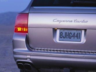 Porsche Cayenne Turbo 2004 1600x1200 wallpaper Rear corner view