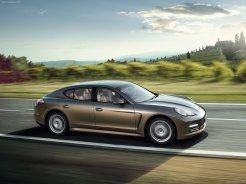 Porsche Panamera 2010 1600x1200 wallpaper Side view
