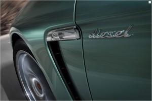 2011 Porsche Panamera Diesel Side view