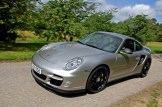 Limited edition: Porsche 911 Turbo S Edition 918 Spyder Front angle side view