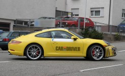 2012 new Porsche 911 (Porsche 991) Spy shot Side view