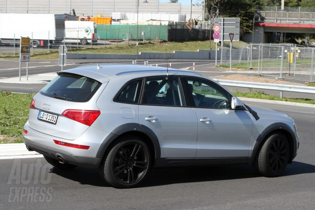 Porsche Cajun Spy Shots - Compact Porsche SUV Rear angle side view