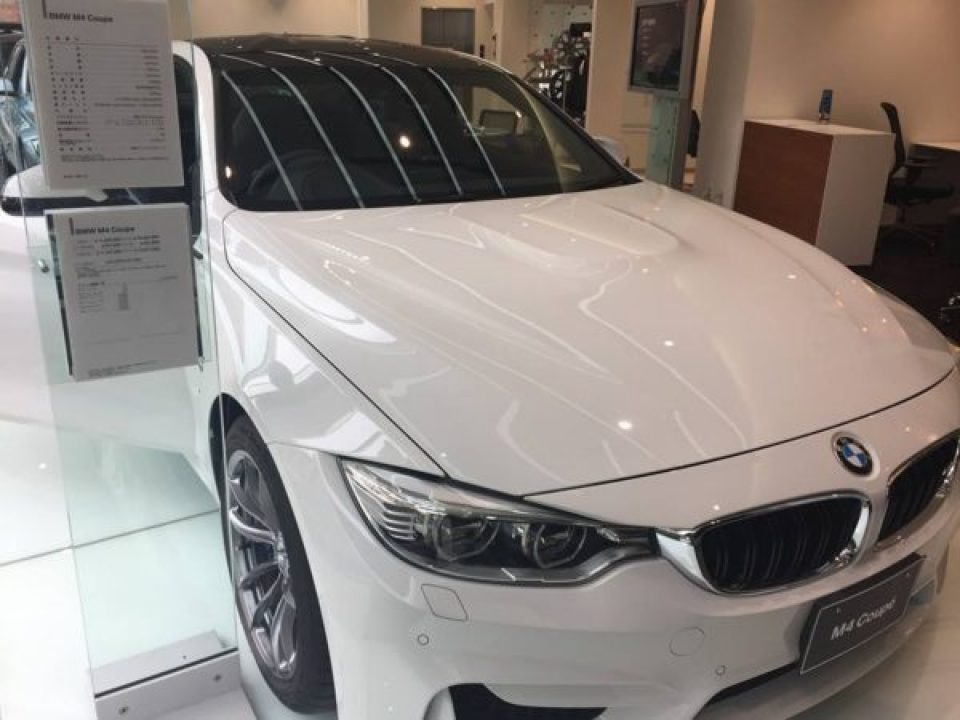 BMW M4の値段