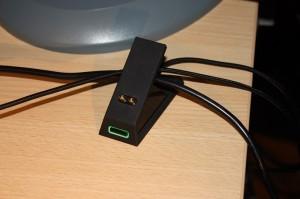 Oh, un range-câbles ^^