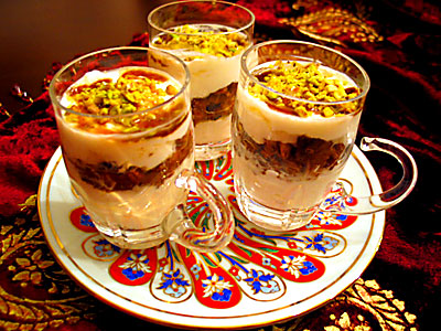 kuruyemişli yoğurt