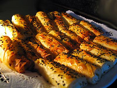 Hazir_yufkadan_kol_boregi