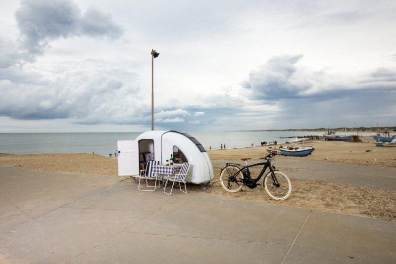 Micro remolque plegable se puede acoplar a una bicicleta para