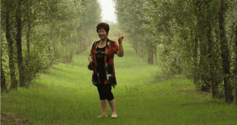 , Esta mujer ha plantado más de dos millones de árboles en el desierto para cumplir el deseo de su hijo fallecido