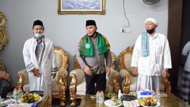 Photo of Kapolda Jatim Silaturrahmi ke PP Al-Hamidy Banyuanyar dan PP Al-Misdat
