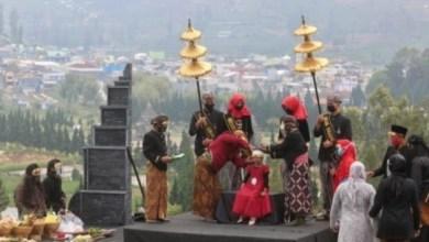 Photo of Rambut Gimbalnya Dicukur, Atika Minta Bakso dan Buntil