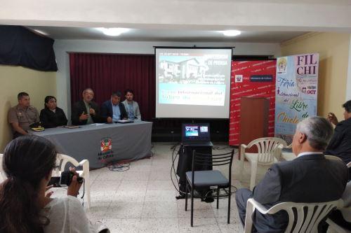 La I Feria Internacional del Libro de Chiclayo (Filchi), que hoy abre sus puertas, prevé comercializar más de 100,000 títulos, indicaron los organizadores.