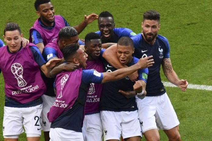 Francia expuso sus credenciales de candidata al título al eliminar a Argentina de Lionel Messi.