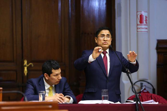 César Hinostroza, presentó su defensa ante la Comisión Permanente.