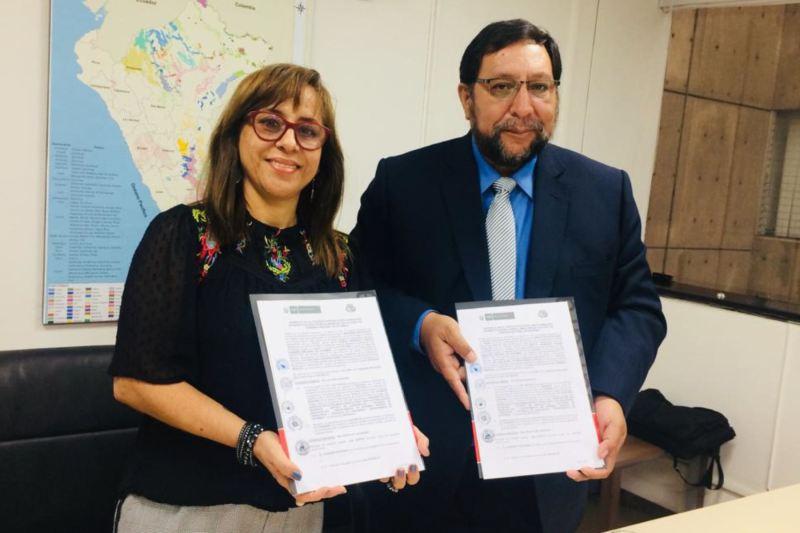 El Ministerio de Cultura y el Gobierno Regional de Apurímac ratificaron el convenio que permitirá realizar inversión pública para implementar el uso oficial del idioma quechua en las entidades que prestan servicios públicos prioritarios en Apurímac.