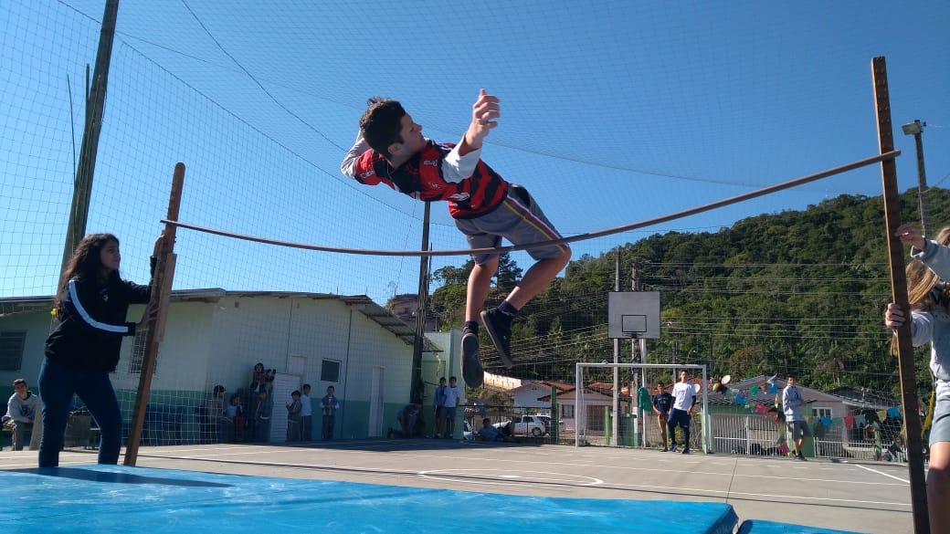 Jogos Escolares movimentam escolas municipais e mostram a verdadeira essência do esporte