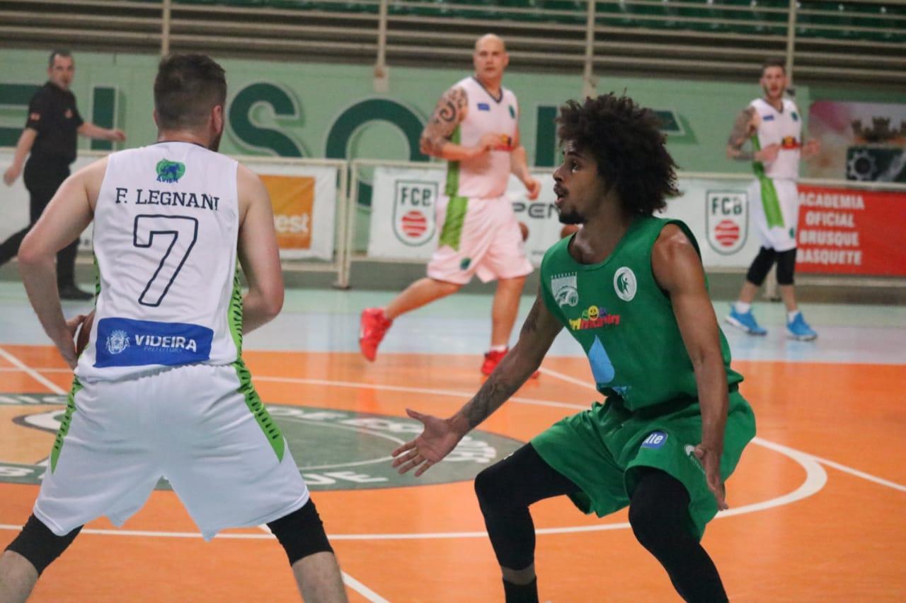 Brusque recebe a Copa Brasil Sul de Basquete Adulto