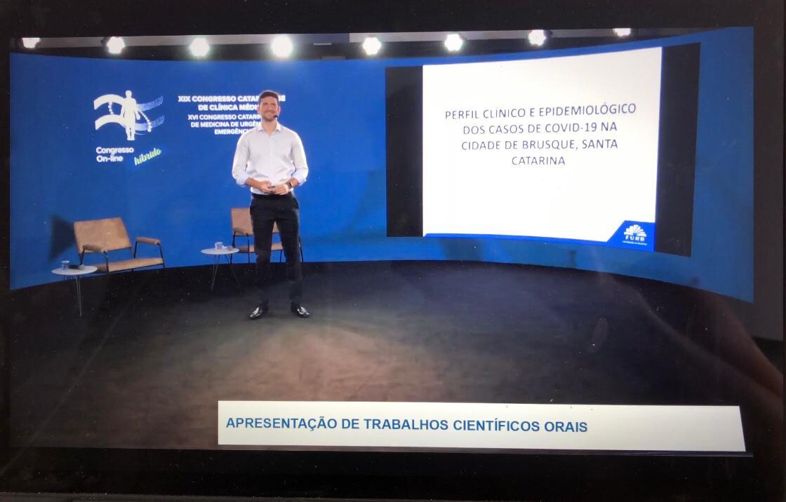 Estudo de perfil dos casos de Covid em Brusque é premiado no Congresso Catarinense de Clínica Médica