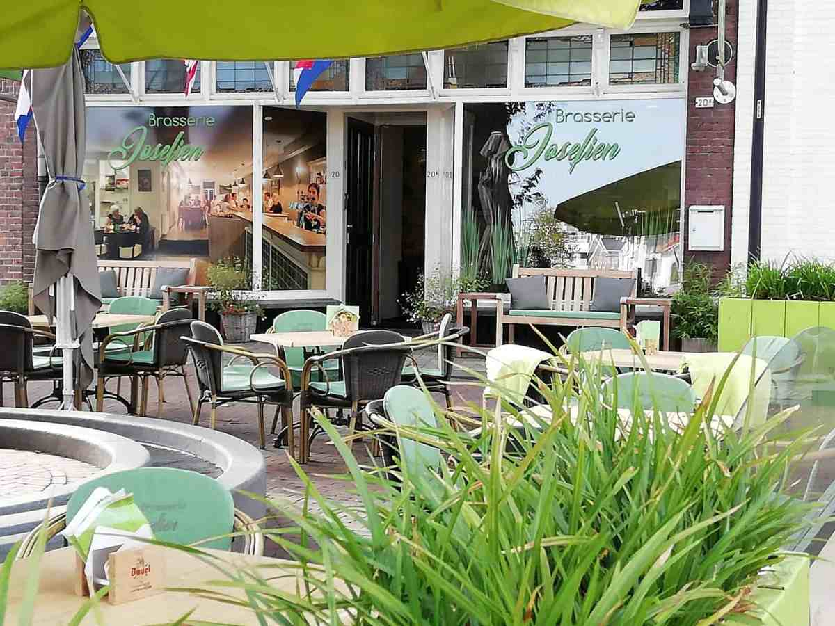 Lunchroom/brasserie Josefien te huur.