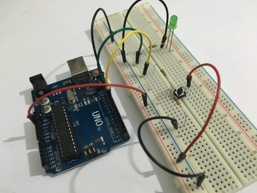 Placa Arduino Uno - Uso de entradas e saídas digitais